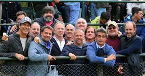 Clásica foto de los fines de semana con amigos en Alumni - Rugby -  - Asociación Alumni -