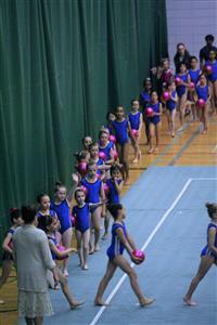 On commence - Rhythmic gymnastics -  - QUESTO -