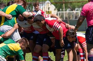 El pack esta listo para entrar al scrum - Rugby - M16 - Areco Rugby Club - Las Cañas