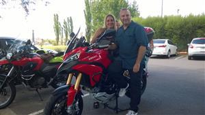 Edith, Walter y Ducati - Motorcycle racing -  -  -