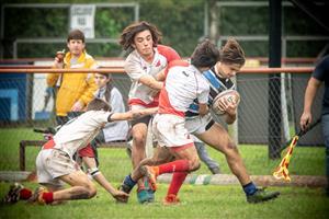 Uno contra tres - Rugby - M16 (M) - Liceo Naval - Mariano Moreno