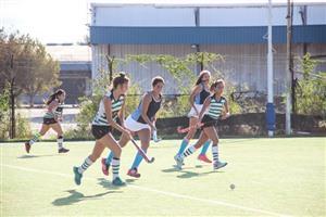 El equipo femenino de Campana Boat Club contra Santa Bárbara - Field hockey -  - Campana Boat Club - Santa Barbara Hockey Club