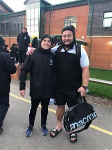 Con un idolo - Rugby -  - Liceo Naval -