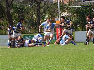 Cortandose entre los forwards - Rugby - M23 - Centro Naval - Club Regatas de Bella Vista