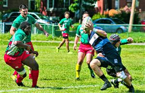 Sport Photo Book by Juan Alchourron - Rugby - One-handed ball carrying - Rugby Club de Montréal - 2017/May/27