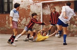 Fútbol en el patio colorado - Soccer -  - Colegio San Miguel  -