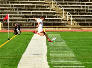 Sport Photo Book by Juan Alchourron - Rugby - Robert Ferron taking the picture - Université McGill - 2018/Oct/14